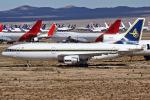 Ryan-airさんが、サザンカリフォルニアロジステクス空港で撮影したサウジアラビア王国政府 L-1011-385-3 TriStar 500の航空フォト(飛行機 写真・画像)