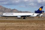Ryan-airさんが、サザンカリフォルニアロジステクス空港で撮影したルフトハンザ・カーゴ MD-11Fの航空フォト(写真)
