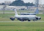 じーく。さんが、嘉手納飛行場で撮影したアメリカ空軍 RC-135S (717-148)の航空フォト(写真)