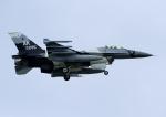 じーく。さんが、嘉手納飛行場で撮影したアメリカ空軍 F-16C-30-CF Fighting Falconの航空フォト(飛行機 写真・画像)