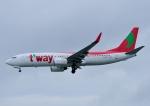 じーく。さんが、那覇空港で撮影したティーウェイ航空 737-8Q8の航空フォト(飛行機 写真・画像)