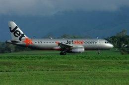 Bonnie Bulaさんが、ナンディ国際空港で撮影したジェットスター A320-232の航空フォト(飛行機 写真・画像)