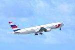 kohei787さんが、アントニオ・B・ウォン・パット国際空港で撮影したダイナミック・エアウェイズ 767-336/ERの航空フォト(写真)