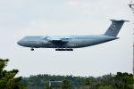 うめやしきさんが、嘉手納飛行場で撮影したアメリカ空軍 C-5A Galaxyの航空フォト(写真)