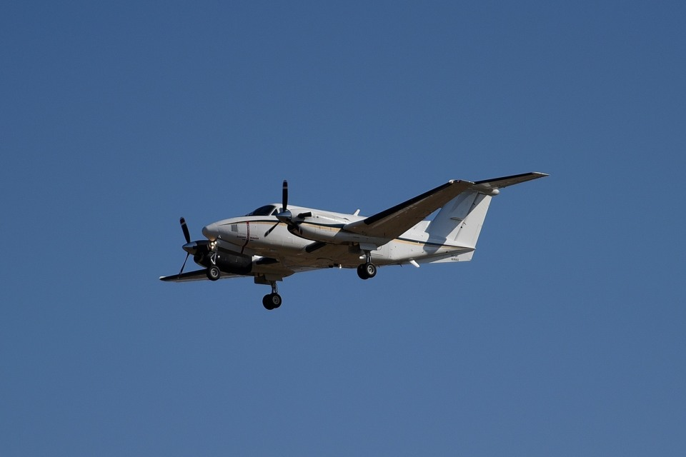 tsubasa0624さんのアメリカ海軍 Beechcraft 200 Super King Air (163562) 航空フォト