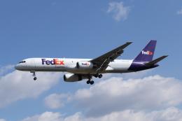 mogusaenさんが、成田国際空港で撮影したフェデックス・エクスプレス 757-236(SF)の航空フォト(飛行機 写真・画像)