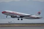 tsubasa0624さんが、関西国際空港で撮影した中国東方航空 A320-214の航空フォト(写真)