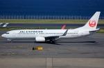 いおりさんが、羽田空港で撮影したJALエクスプレス 737-846の航空フォト(写真)