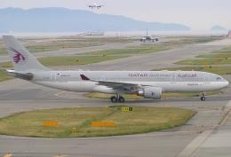 なぁちゃんさんが、関西国際空港で撮影したカタール航空 A330-202の航空フォト(飛行機 写真・画像)