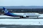 tsubasa0624さんが、新千歳空港で撮影したアジア・アトランティック・エアラインズ 767-383/ERの航空フォト(飛行機 写真・画像)