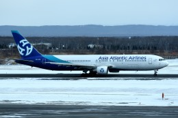 tsubasa0624さんが、新千歳空港で撮影したアジア・アトランティック・エアラインズ 767-383/ERの航空フォト(写真)