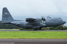 norimotoさんが、カネオヘ・ベイ海兵隊航空基地で撮影したアメリカ空軍 C-130H Herculesの航空フォト(飛行機 写真・画像)