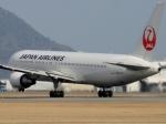 てくてぃーさんが、松山空港で撮影した日本航空 767-346/ERの航空フォト(写真)