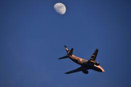 takatakaさんが、成田国際空港で撮影したオーロラ 737-548の航空フォト(飛行機 写真・画像)
