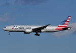 じーく。さんが、成田国際空港で撮影したアメリカン航空 777-223/ERの航空フォト(写真)