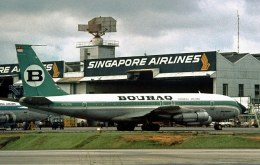 SGSpotterさんが、パヤ・レバー空軍基地で撮影したボーラック・インドネシア航空 707-138Bの航空フォト(写真)