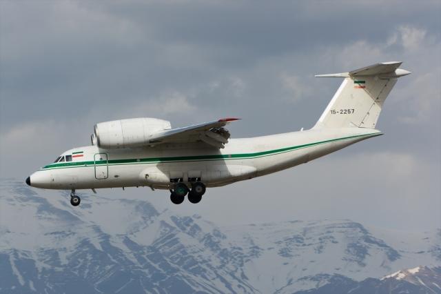 イラン空軍 Antonov An-72/74 15...