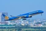 RUSSIANSKIさんが、タンソンニャット国際空港で撮影したベトナム航空 A350-941XWBの航空フォト(写真)