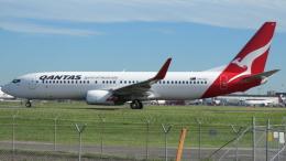 誘喜さんが、シドニー国際空港で撮影したカンタス航空 737-838の航空フォト(飛行機 写真・画像)