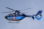 花田花男さんが、岐阜県防災航空センターで撮影した埼玉県警察 EC135P2+の航空フォト(写真)