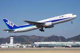 サボリーマンさんが、松山空港で撮影した全日空 767-381の航空フォト(飛行機 写真・画像)