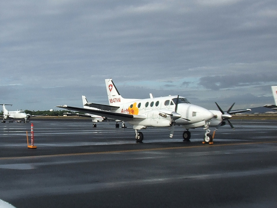 tsubasa0624さんのイーグル・エア Beechcraft 90 King Air (N947AM) 航空フォト