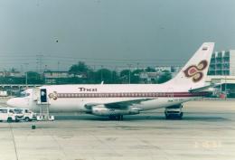 JA8037さんが、ドンムアン空港で撮影したタイ国際航空 737-2P5/Advの航空フォト(飛行機 写真・画像)
