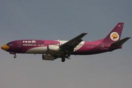 Itami Spotterさんが、スワンナプーム国際空港で撮影したノックエア 737-4D7の航空フォト(飛行機 写真・画像)