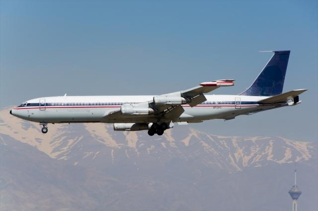 イラン空軍 Boeing 707-300 EP-C...