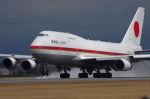 サボリーマンさんが、松山空港で撮影した航空自衛隊 747-47Cの航空フォト(写真)