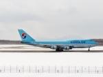 イーヌイさんが、新千歳空港で撮影した大韓航空 747-4B5の航空フォト(写真)