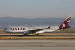 たみぃさんが、関西国際空港で撮影したカタール航空 A330-202の航空フォト(写真)
