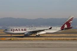 たみぃさんが、関西国際空港で撮影したカタール航空 A330-202の航空フォト(飛行機 写真・画像)