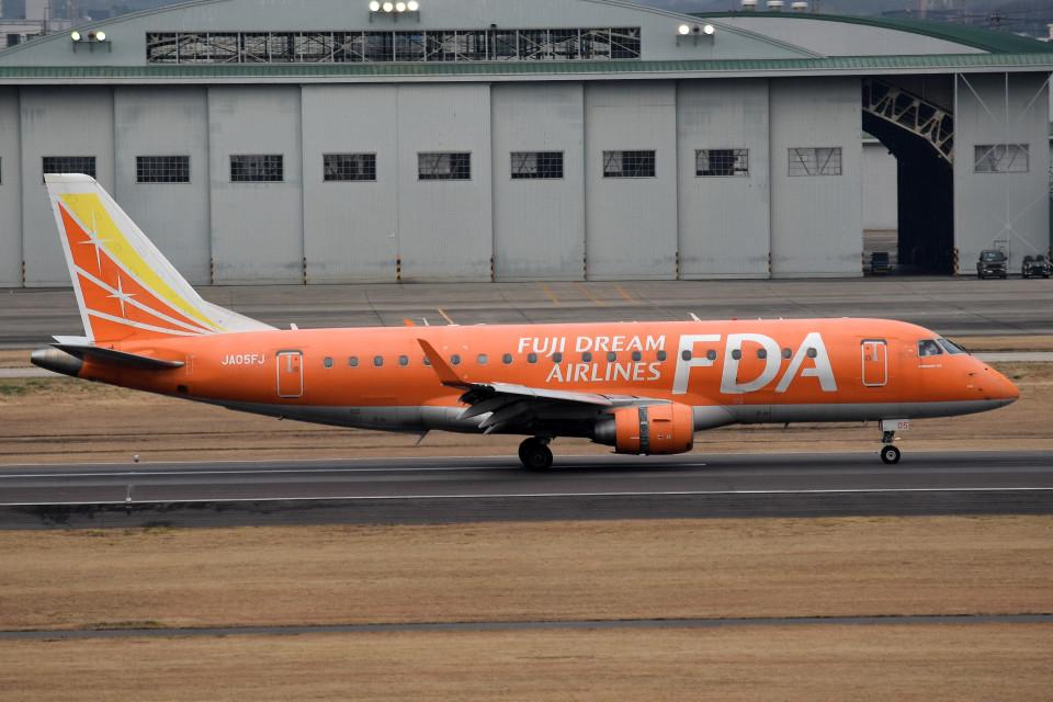 tsubasa0624さんのフジドリームエアラインズ Embraer ERJ-175 (JA05FJ) 航空フォト
