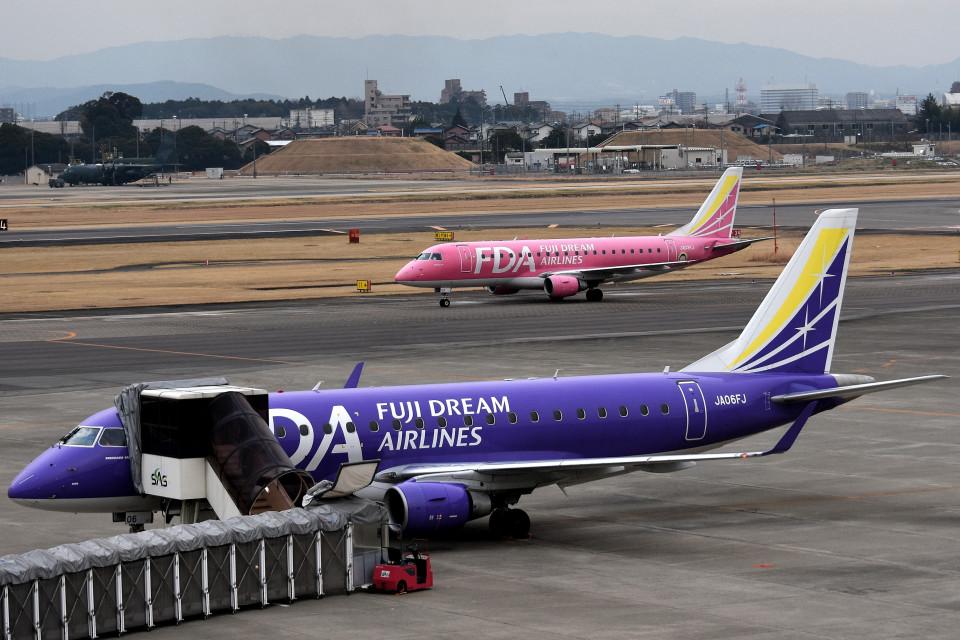 tsubasa0624さんのフジドリームエアラインズ Embraer ERJ-175 (JA03FJ) 航空フォト