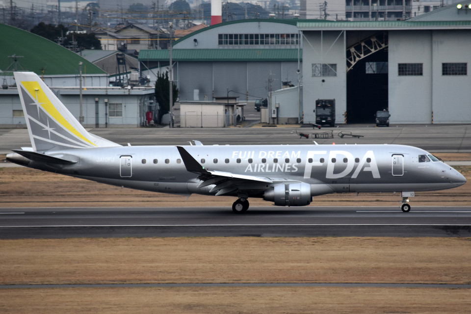 tsubasa0624さんのフジドリームエアラインズ Embraer ERJ-175 (JA10FJ) 航空フォト