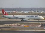 アイスコーヒーさんが、フランクフルト国際空港で撮影したターキッシュ・エアラインズ A321-231の航空フォト(写真)