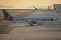 SKY☆101さんが、関西国際空港で撮影したカタール航空 A330-202の航空フォト(飛行機 写真・画像)