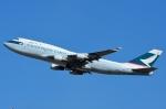 RUSSIANSKIさんが、シンガポール・チャンギ国際空港で撮影したキャセイパシフィック航空 747-412(BCF)の航空フォト(飛行機 写真・画像)