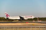 ken_kenさんが、成田国際空港で撮影したカタール航空 777-2DZ/LRの航空フォト(写真)