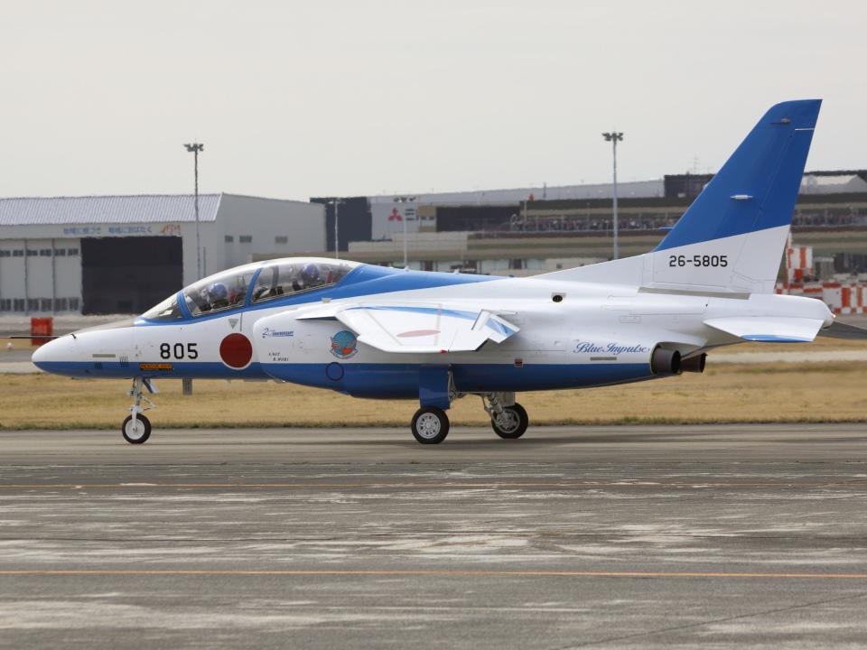アイスコーヒーさんの航空自衛隊 Kawasaki T-4 (26-5805) 航空フォト