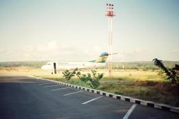 atiiさんが、エル・タリ空港で撮影したメルパチ・ヌサンタラ航空 F28 Fellowshipの航空フォト(飛行機 写真・画像)