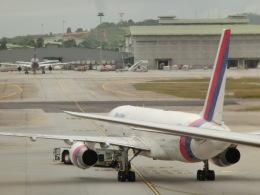 tamonさんが、クアラルンプール国際空港で撮影したネパール航空 757-2F8の航空フォト(飛行機 写真・画像)
