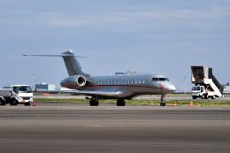 tsubasa0624さんが、羽田空港で撮影したビスタジェット BD-700-1A10 Global 6000の航空フォト(飛行機 写真・画像)