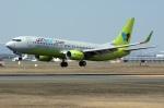 北の熊さんが、新千歳空港で撮影したジンエアー 737-8SHの航空フォト(写真)