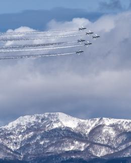 パンダさんが、函館空港で撮影した航空自衛隊 T-4の航空フォト(写真)