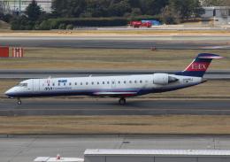 uhfxさんが、伊丹空港で撮影したアイベックスエアラインズ CL-600-2C10 Regional Jet CRJ-702の航空フォト(飛行機 写真・画像)
