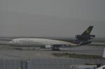 LEGACY-747さんが、香港国際空港で撮影したUPS航空 MD-11Fの航空フォト(写真)