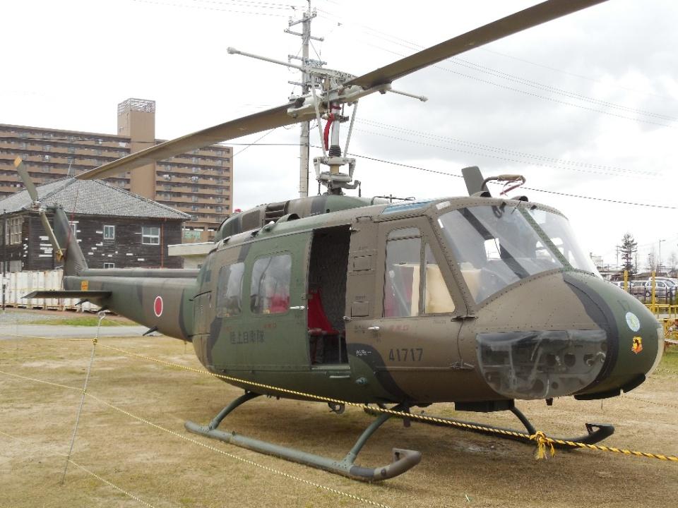 LUCHObyNOSAさんの陸上自衛隊 Fuji UH-1H (41717) 航空フォト