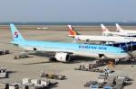 ハピネスさんが、中部国際空港で撮影した大韓航空 777-3B5/ERの航空フォト(飛行機 写真・画像)